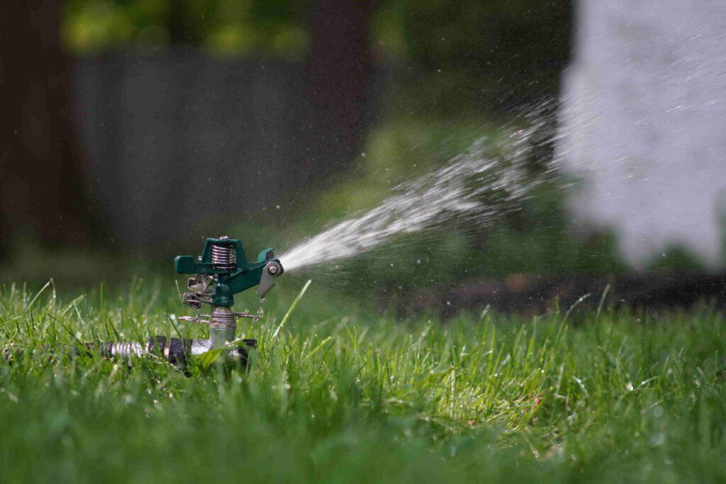 Regenwasser sammeln mit Zisterne